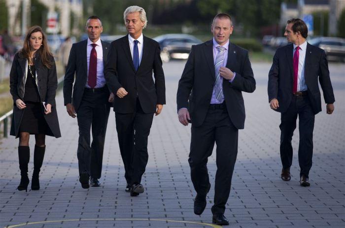 Verkiezingen: Wilders brengt zijn stem uit
